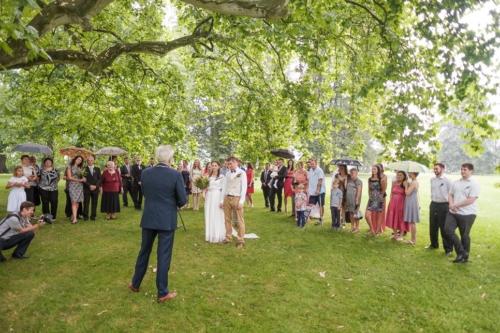 svatby-v-zameckem-parku-19
