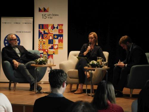 panelova-diskuze-15-let-v-evropske-unii-16
