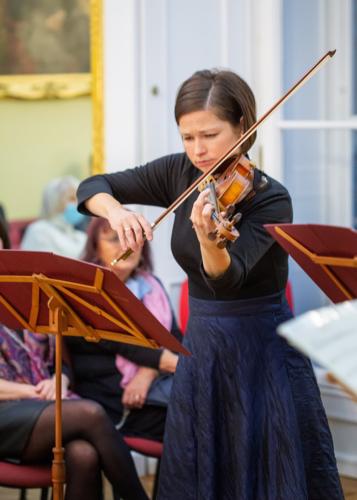 ludmila-peterkova-zahajila-abonentni-radu-26