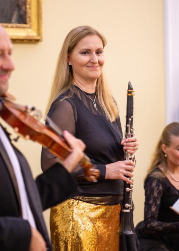 ludmila-peterkova-zahajila-abonentni-radu-38