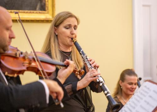 ludmila-peterkova-zahajila-abonentni-radu-39