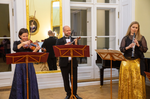 ludmila-peterkova-zahajila-abonentni-radu-49