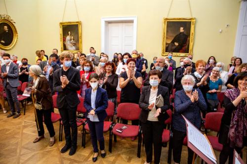 ludmila-peterkova-zahajila-abonentni-radu-53